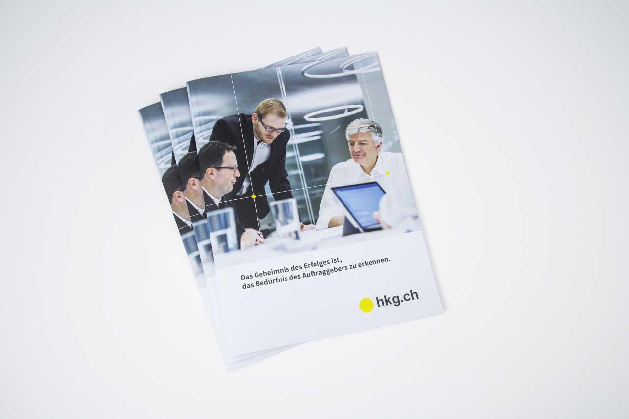 Titelseite Unternehmenbroschüre hkg.ch