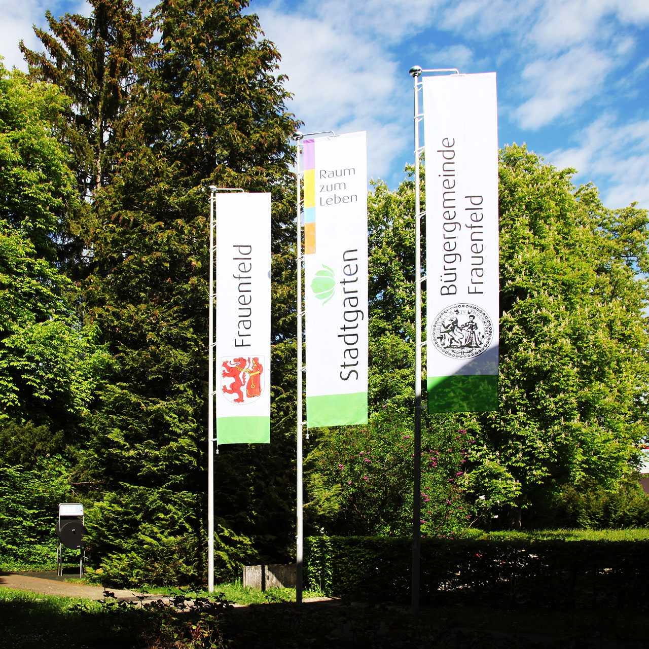 Pflegezentrum Stadtgarten: Signaletik, Fahnen
